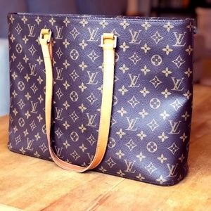 Louis Vuitton Luco Tote (Discontinued )